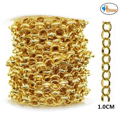 Cadena color oro